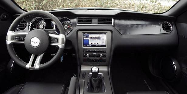 2013 Ford Mustang GT interior