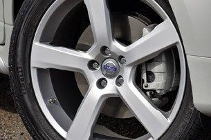 2012 Volvo XC60 R-Design wheel