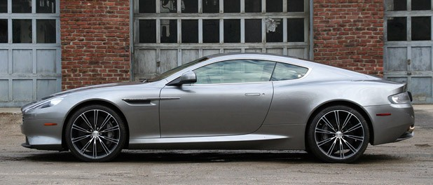 2012 Aston Martin Virage side view