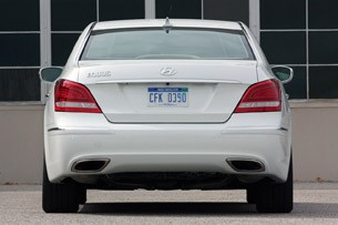 2011 Hyundai Equus Long-Term rear view