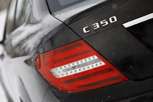 2012 Mercedes-Benz C350 4Matic taillight