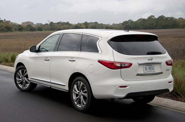 2013 Infiniti JX rear 3/4 view