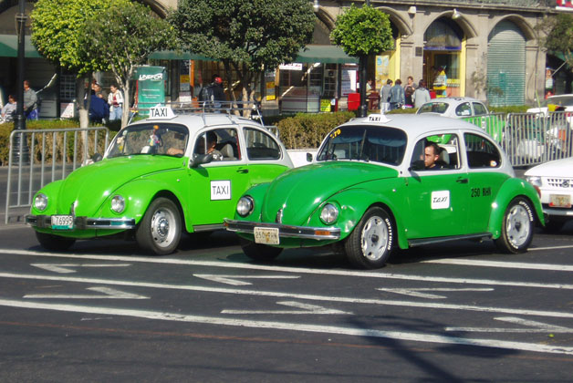 VW Beetle taxis in Mexico City