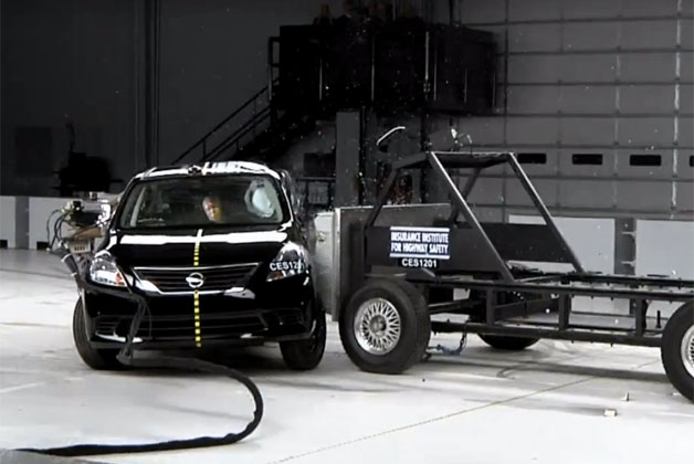 2012 Nissan Versa sedan crash test