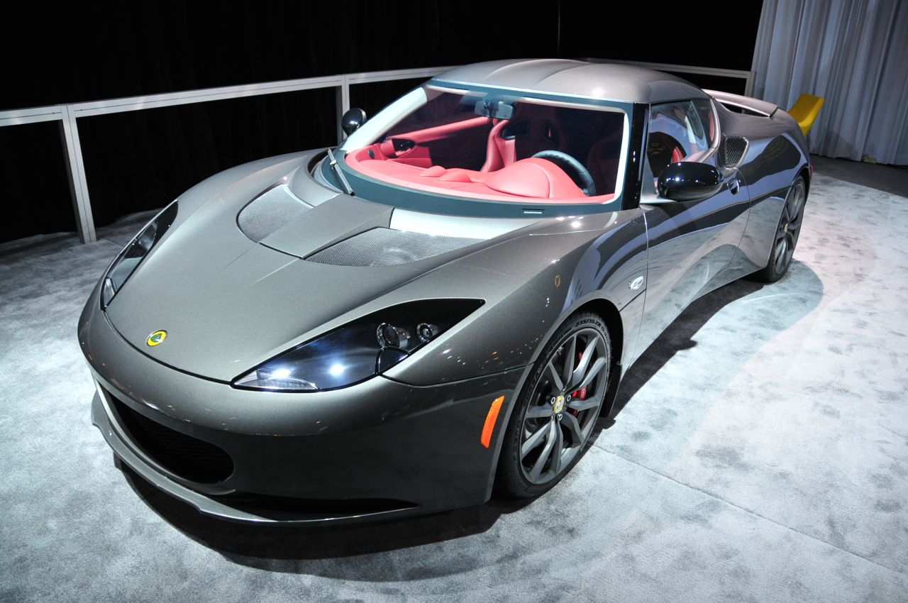 2012 lotus evora s nearly sneaks by but we catch the. Black Bedroom Furniture Sets. Home Design Ideas