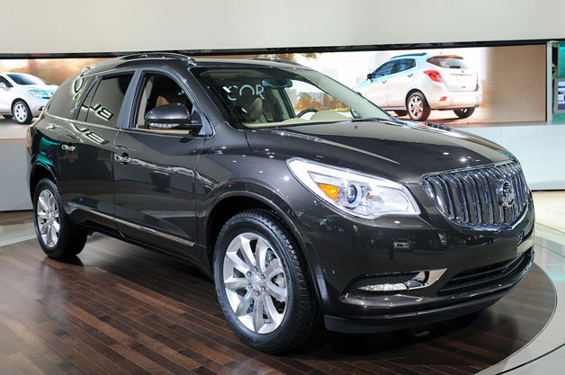 2013 buick enclave does a slightly different song and dance. Black Bedroom Furniture Sets. Home Design Ideas