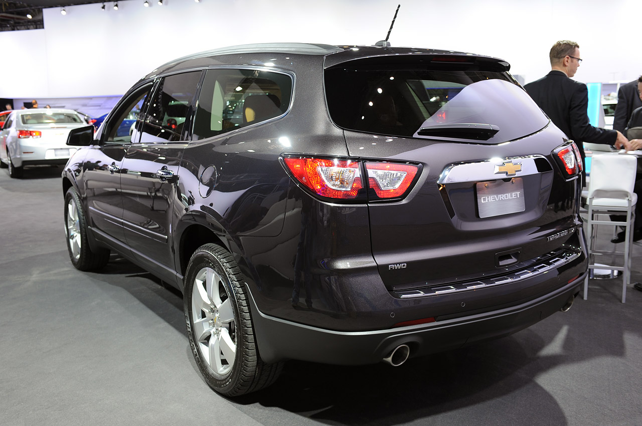 2013 chevrolet traverse loses the family nose