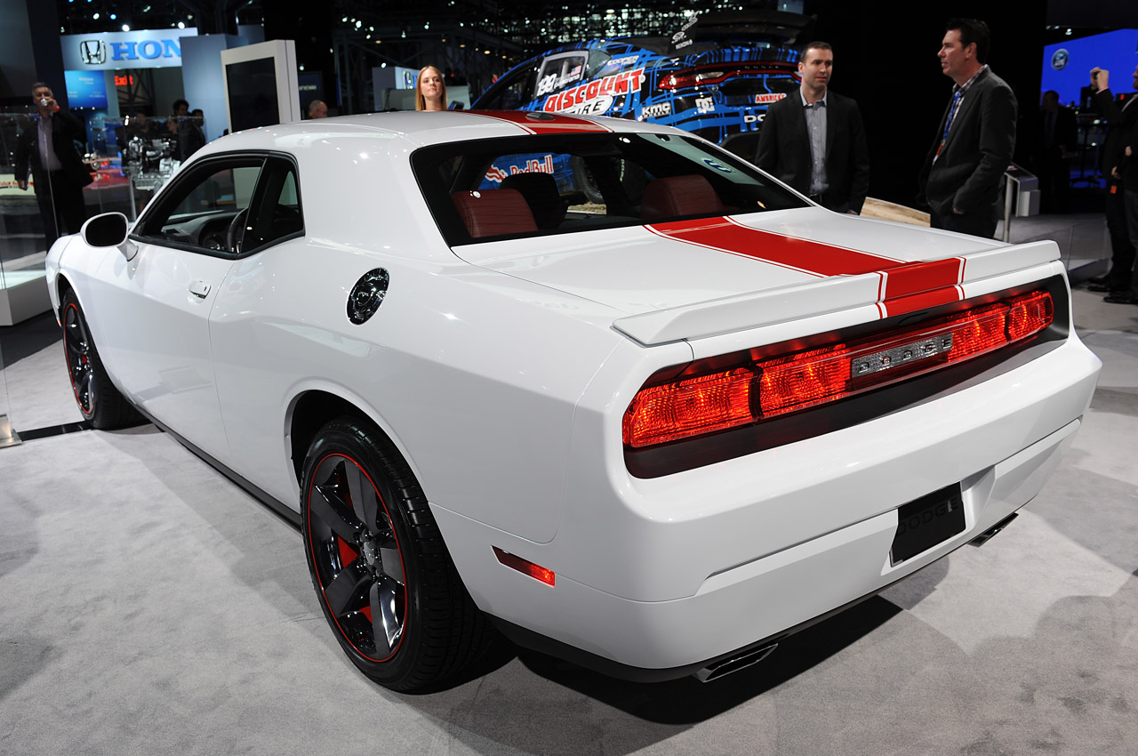 2012 dodge challenger rallye - photo #15