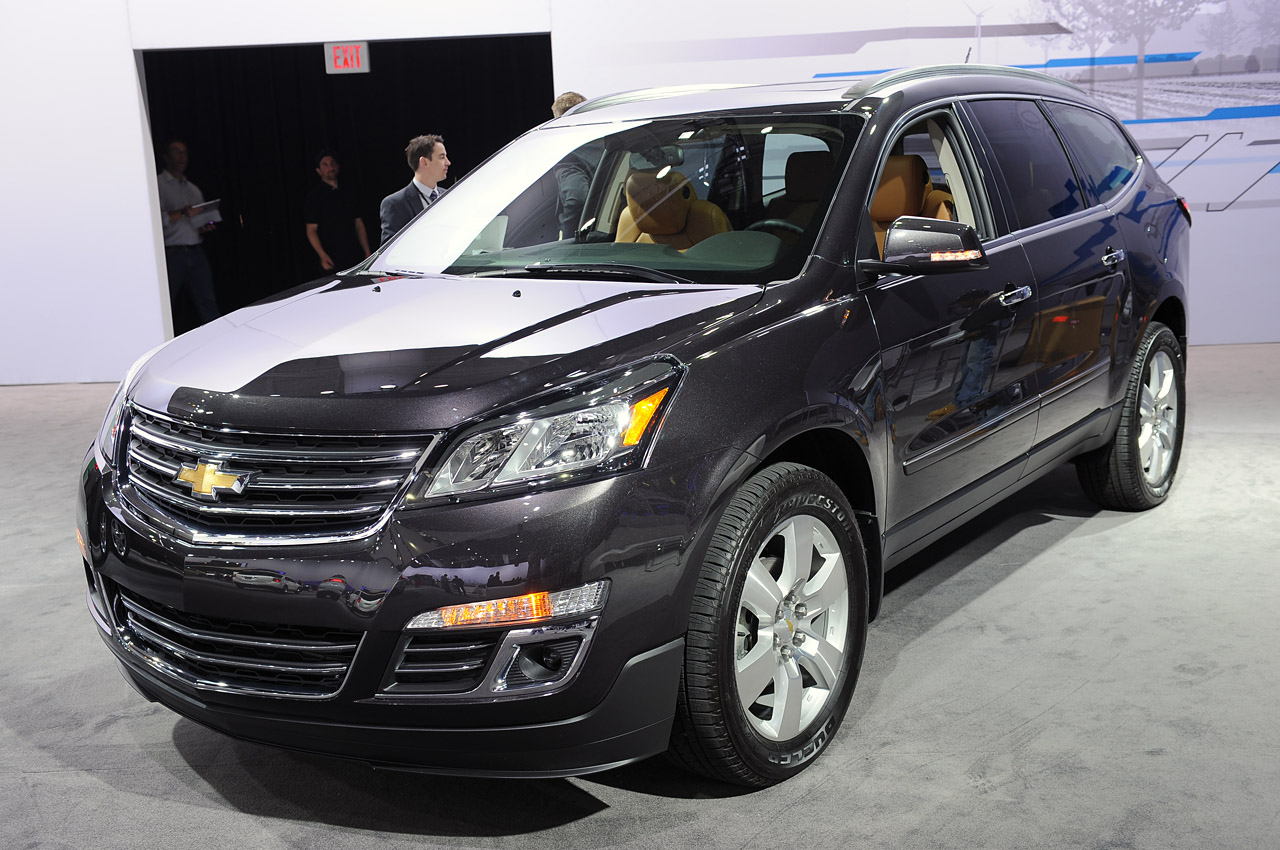 2013 chevrolet traverse new york 2012 photo gallery autoblog. Cars Review. Best American Auto & Cars Review