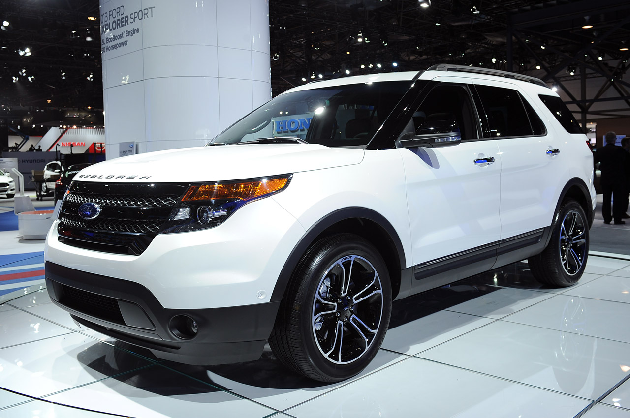 2013 ford explorer sport new york 2012 photo gallery autoblog. Cars Review. Best American Auto & Cars Review
