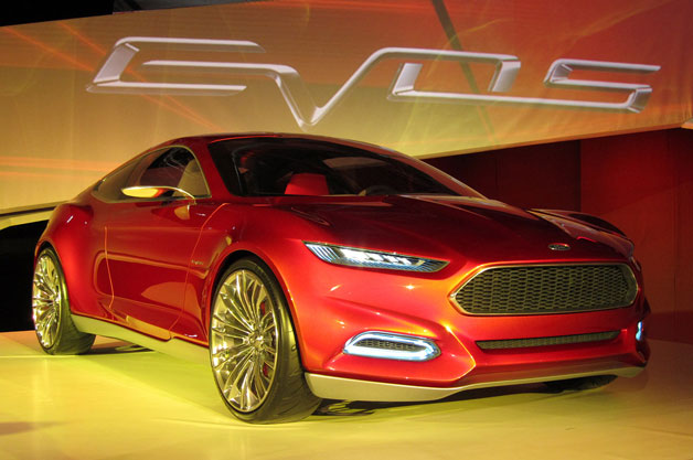 Ford Evos concept - front three-quarter live view
