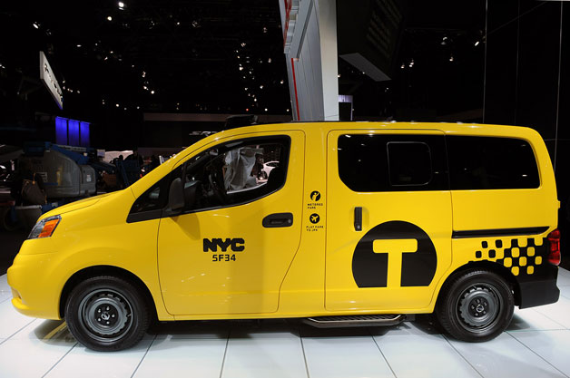 2014 Nissan NV200 Taxi - profile