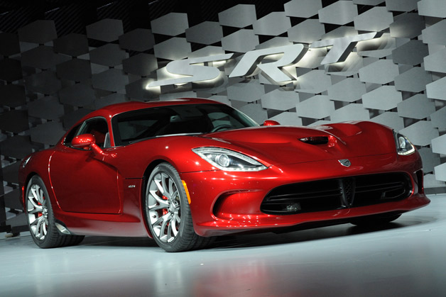 2013 SRT Viper GTS - Live at 2012 New York Auto Show reveal
