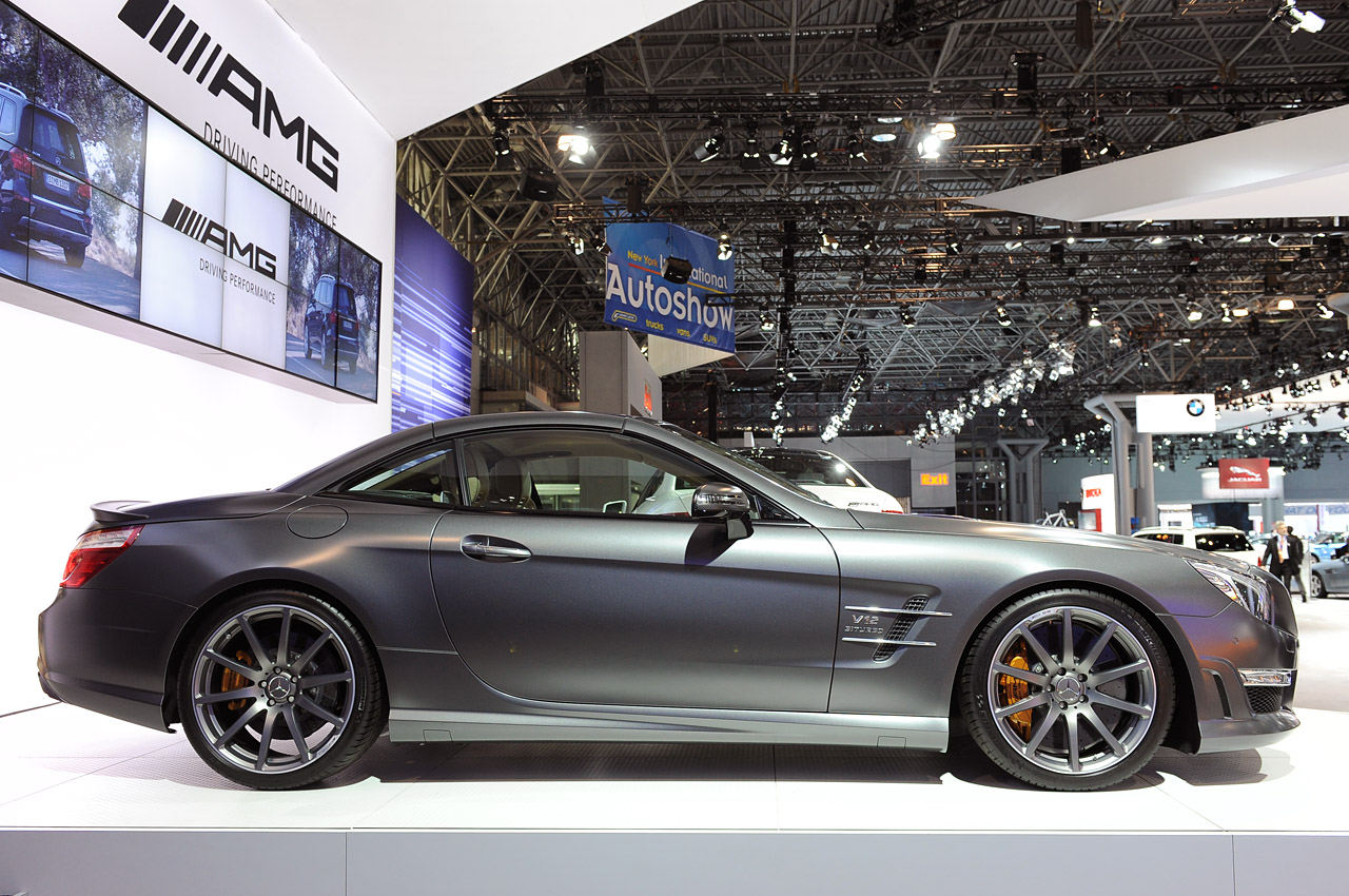 2013 mercedes benz sl65 amg packs an earth moving 738 for Mercedes benz sl65 amg price
