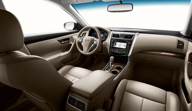 Nissan Altima Gas Mileage >> 2013 Nissan Altima Debuts Does 38 Mpg Hwy And Priced From 21 500