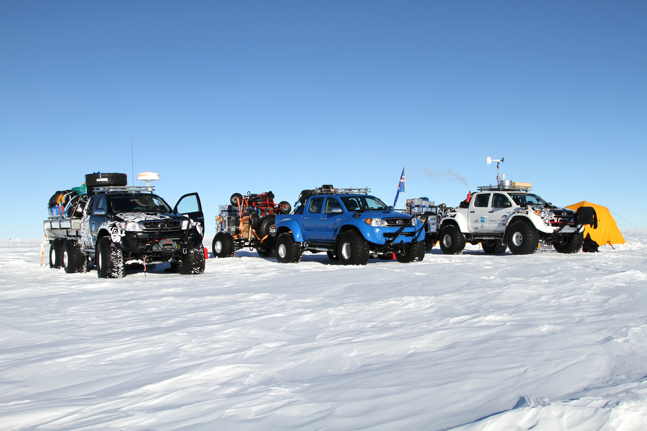 toyota hilux in antarctica photos