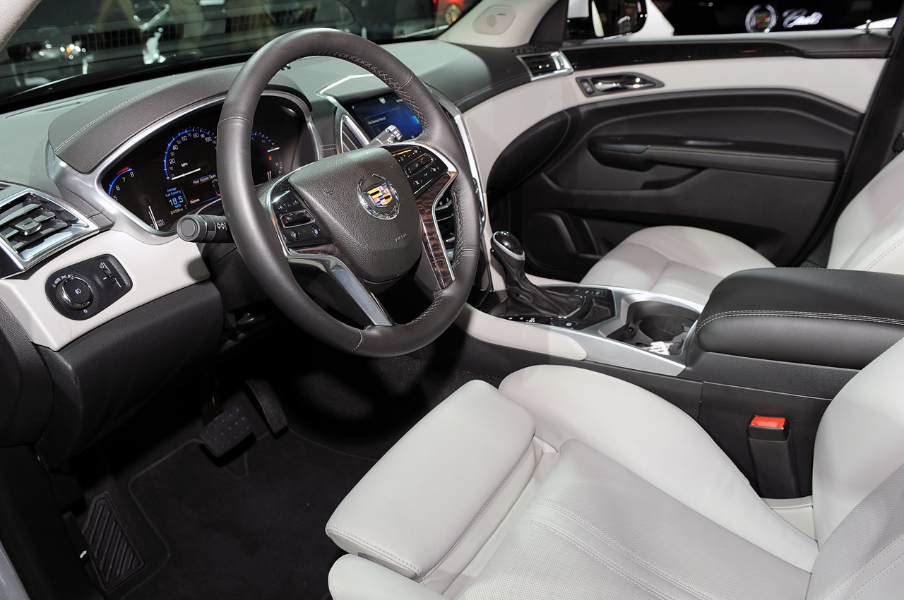 collection detail luxury at oh used awd cadillac srx audi mentor