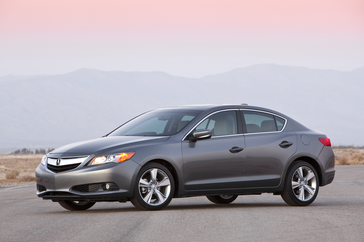 2013 Acura Ilx Photo Gallery Autoblog