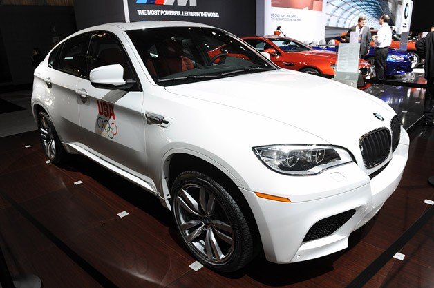 2013 BMW X6 M live at New York Auto Show reveal