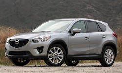 2013 Mazda CX-5 front three-quarter static view