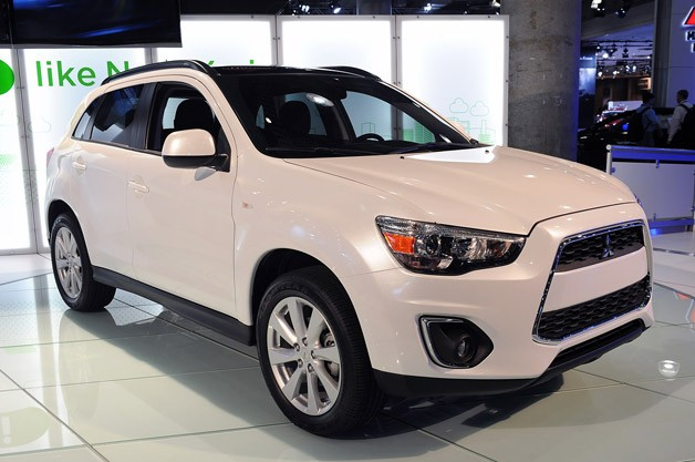 2013 Mitsubishi Outlander Sport - live at NY Auto Show reveal