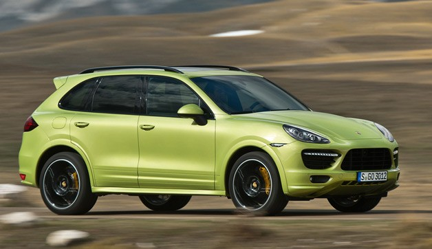 2013 Porsche Cayenne GTS blurring the countryside