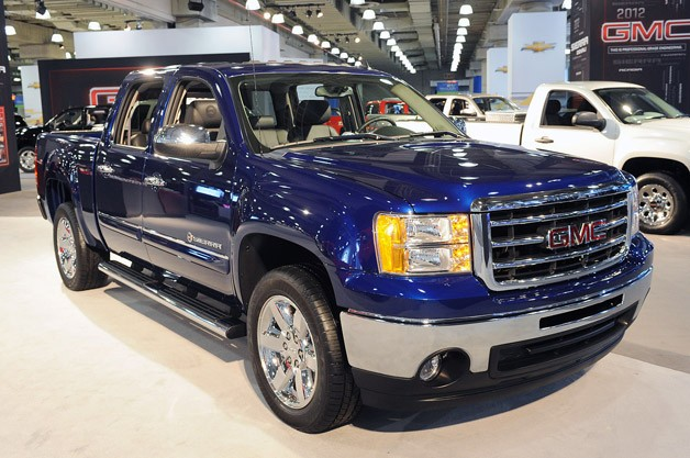 2012 GMC Sierra Heritage Edition - live debut at New York Auto Show