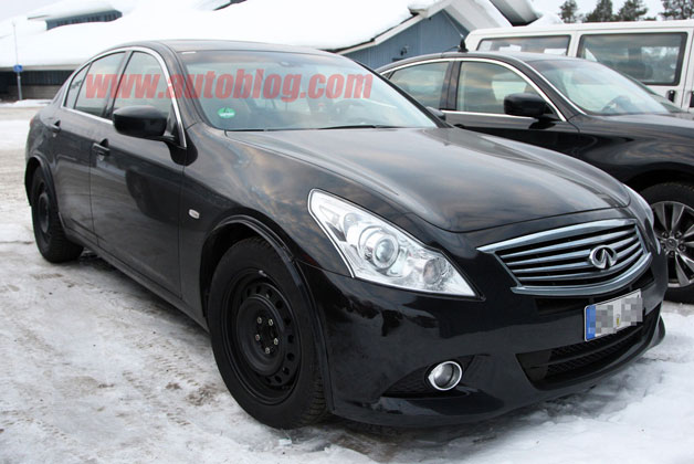 Infiniti G Mule Spy Shots - front three-quarter mule photo