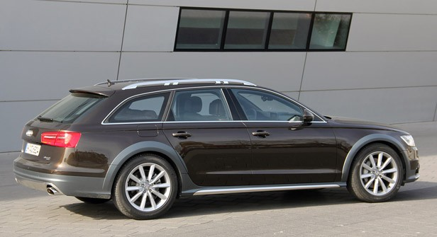 2012 Audi A6 Allroad Quattro rear 3/4 view