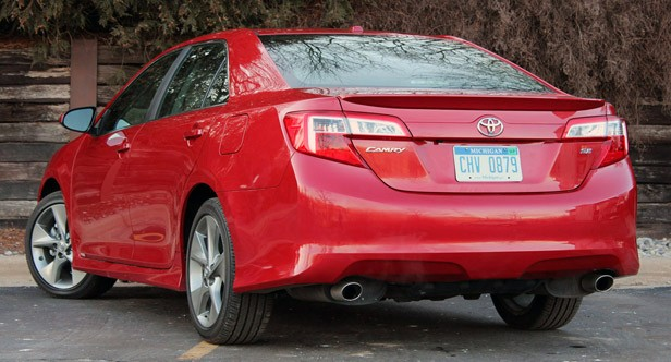 2012 Toyota Camry SE V6 rear 3/4 view