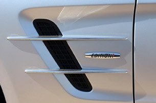 2013 Mercedes SL550 side vent