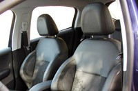 2012 Peugeot 208 front seats
