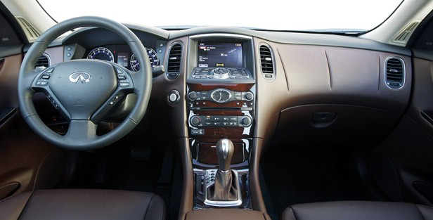 2012 Infiniti EX35 interior