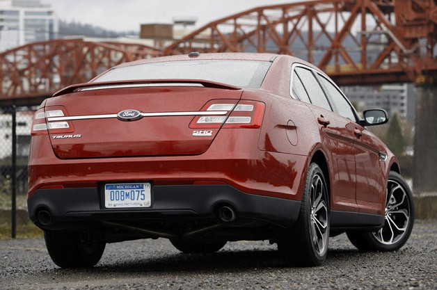 2013 Ford Taurus SHO rear 3/4 view