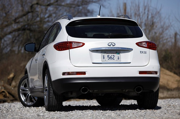 2012 Infiniti EX35 rear 3/4 view