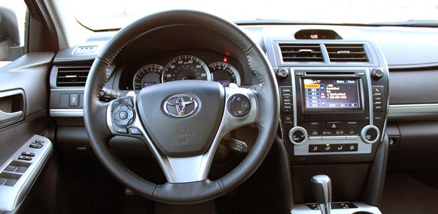 2012 Toyota Camry SE V6 interior