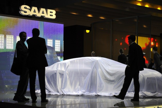 Saab under covers