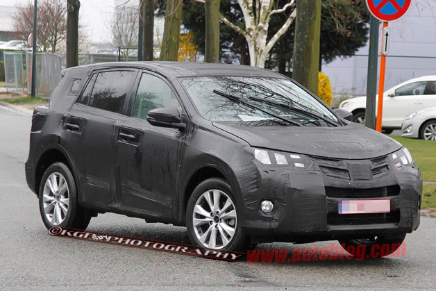 Related Gallery 2013 Toyota RAV4 spy shots