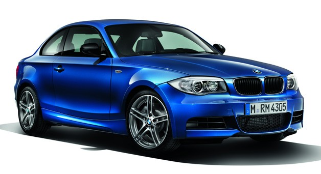 2013 BMW 135is - blue - front three-quarter studio view