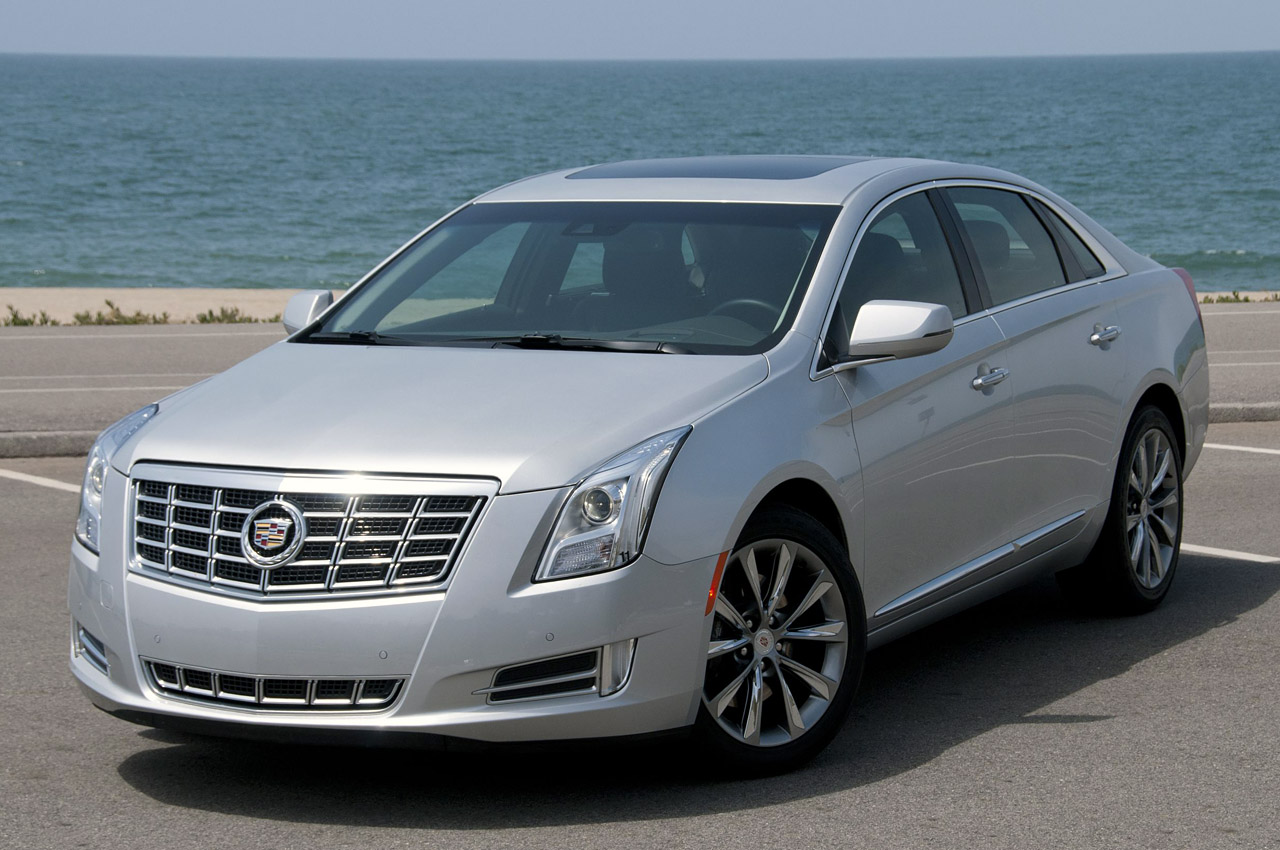 2013 cadillac xts w video autoblog. Black Bedroom Furniture Sets. Home Design Ideas