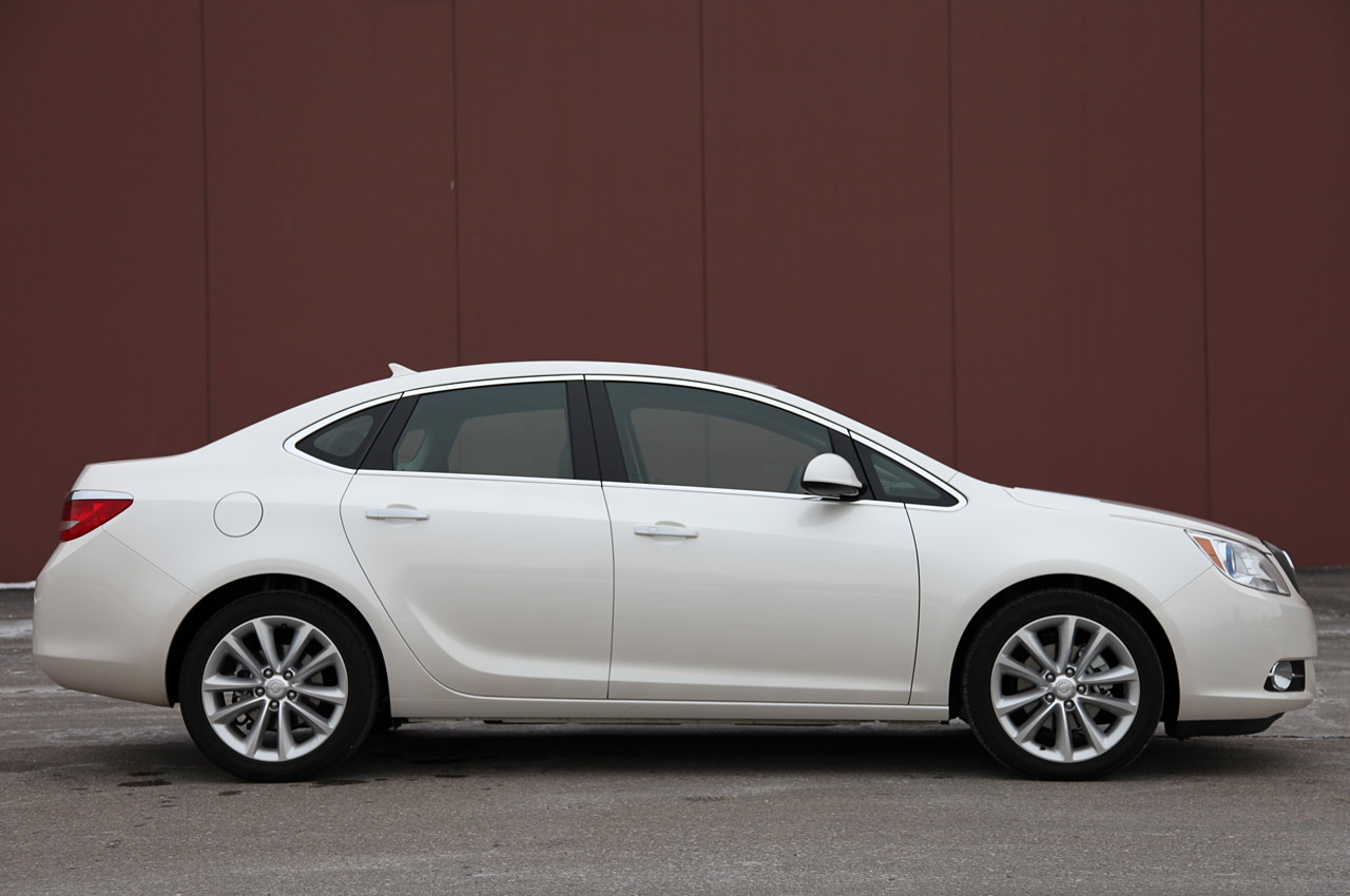 Buick verano photos and reviews submited images pic2fly