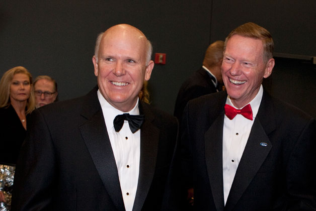 GM's Dan Akerson and Ford's Alan Mulally