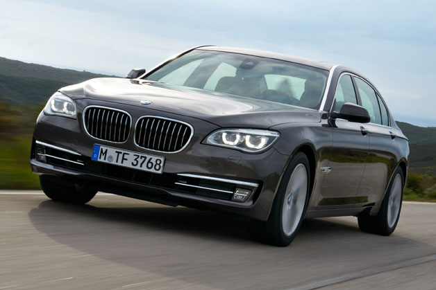 2013 BMW 7 Series, front three-quarter dynamic view
