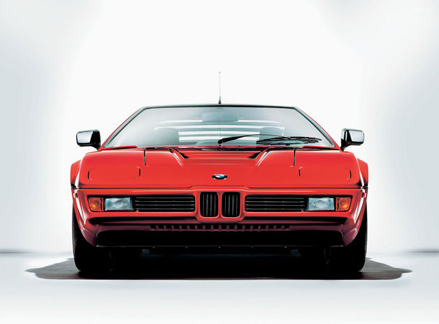 1978 BMW M1 - dead-on view, red