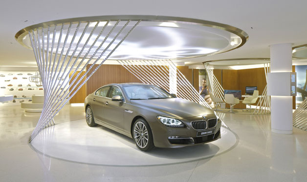 BMW opens a luxury brand store on Avenue George V in Paris