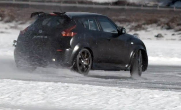 Nissan Juke-R on ice
