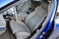 2012 Porsche Panamera Turbo S front seats