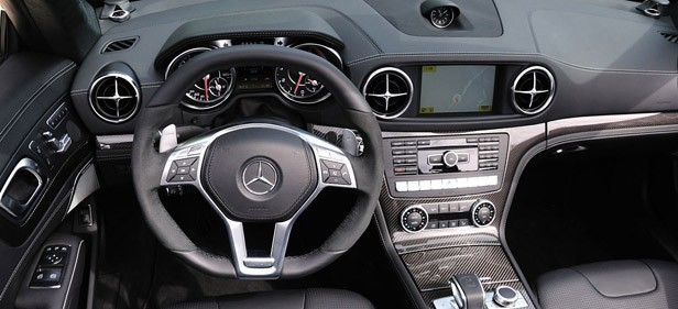 2013 Mercedes-Benz SL63 AMG interior