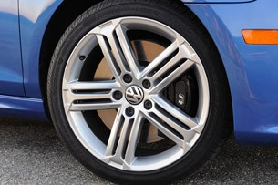 2012 Volkswagen Golf R wheel