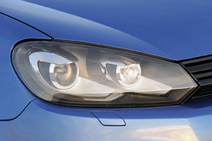 2012 Volkswagen Golf R headlight